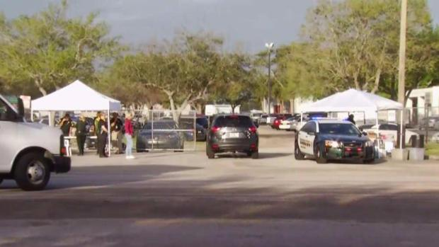 [NATL-MI] Staff Begins Return to Parkland Shooting Site