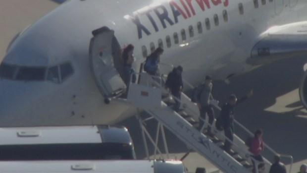 Villanova Wildcats Arrive at Philly International Airport