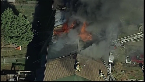[PHI] RAW: Flames Shoot Through Roof in Darby Twp.