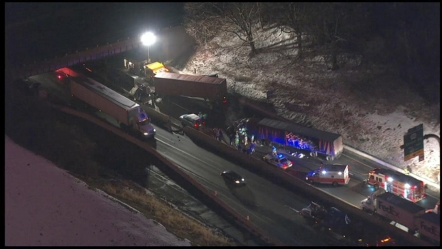 [PHI] RAW VIDEO: Big Rigs, Cars Collide, Close Turnpike