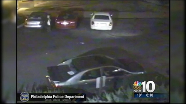 [PHI] Caught on Cam: Robber Attacks Woman