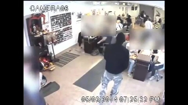 [PHI] Caught on Cam: Nail Salon Robbery