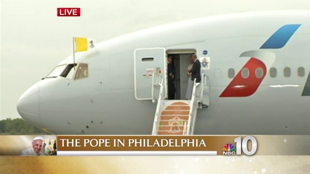 Pope Francis Takes His First Steps in Philadelphia