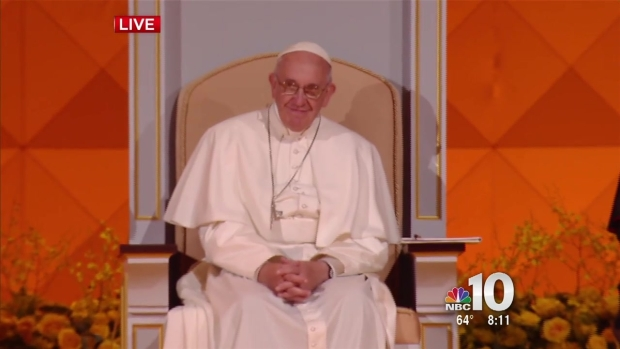 [NATL-PHI] Singer to Wahlberg on Papal Stage: 'I Loved You in 'Ted,' By The Way'