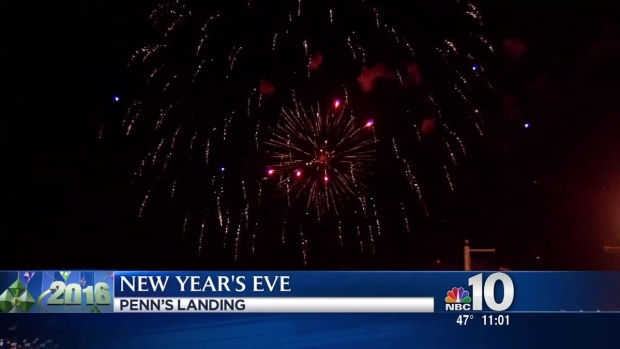 [PHI] Penn's Landing Ringing in 2016 with Fireworks Show