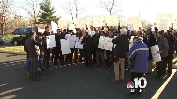 [PHI] Uber Black Drivers Protest Comapny's Commission Rates