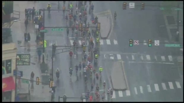 [PHI] Runners Take Off in 37th Annual Blue Cross Broad Street Run