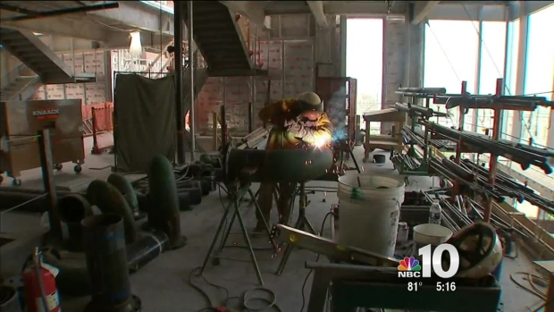 Construction Crews Work on Comcast Innovation and Technology Center in Extreme Heat