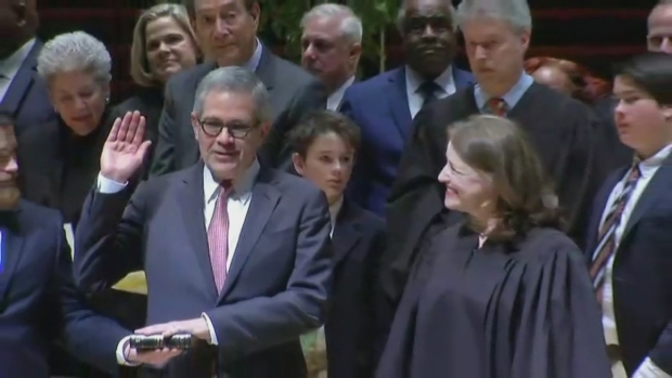 [PHI] Larry Krasner Takes Oath of Office, Becomes Philly DA