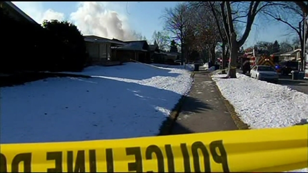 """[CHI] Four Dead In """"Apparent Murder-Suicide,"""" Fire"""