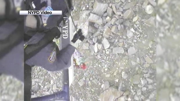 [NY] WATCH: NYPD Rescue Crews Airlift Hiker With Broken Ankle in NJ