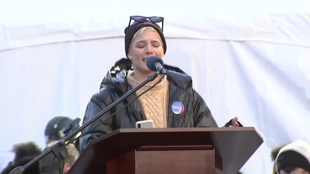 [NATL-NY] Halsey's Powerful Speech at the NYC Women's March