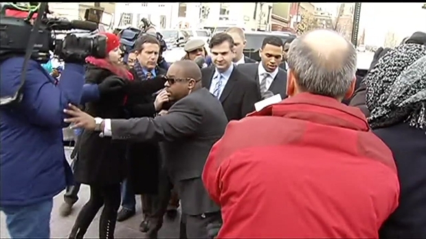 [DC] RAW VIDEO: Chris Brown Arrives at D.C. Court