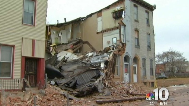 [PHI] Building Collapse in North Philadelphia