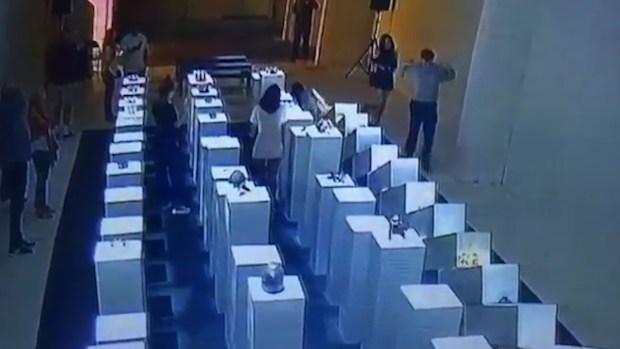 [NATL] Woman Taking Selfie Damages $200,000 in Art