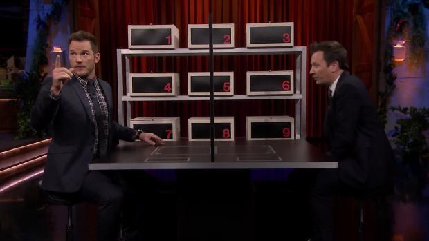 [NATL] 'Tonight': Box of Lies With Chris Pratt