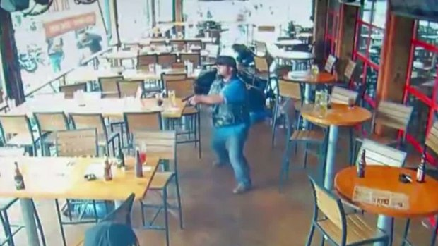 [NATL-DFW] RAW: Twin Peaks Surveillance Video Records Waco Biker Shooting