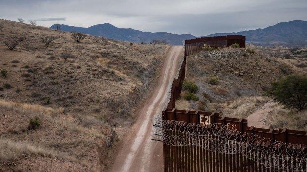 [NATL] Construction Begins on Border Wall Prototypes