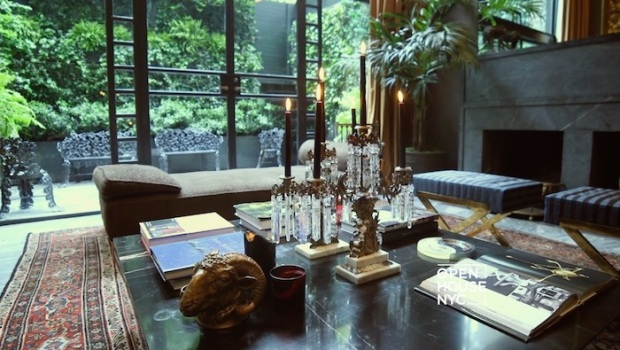 Tour a Townhouse with Old World Glamour
