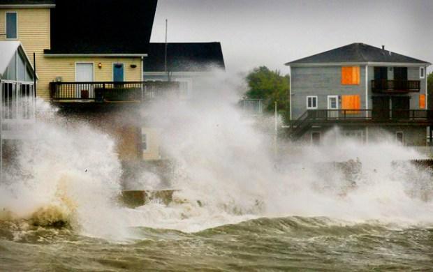 [NATL] Dramatic Photos: The Fury of Irene