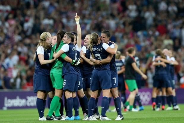 In Pictures: Lloyd, U.S. Women's Soccer Wins Gold