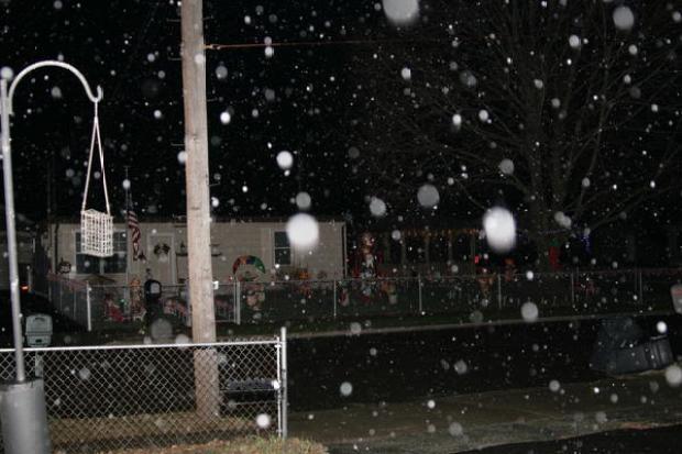 [PHI] A Wet & White Christmas Eve