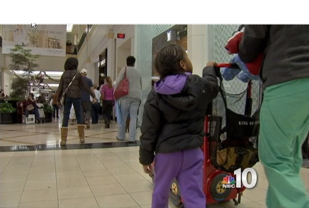 [PHI] Burst Pipe Doesn't Stop Black Friday Frenzy in King of Prussia