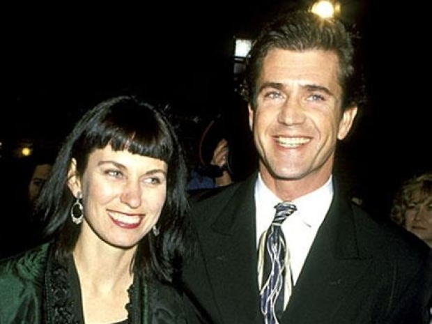 Mel Gibson's wife files for divorce