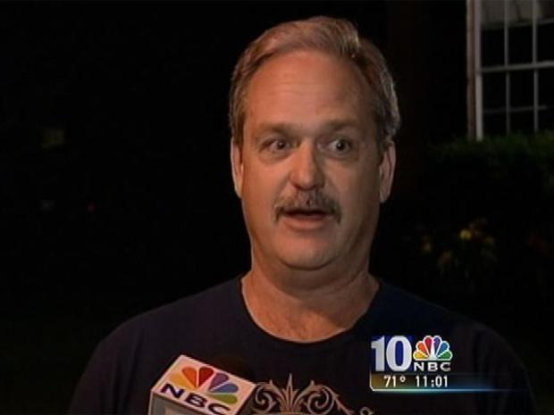 [PHI] Neighbor Talks About Black Bear Sighting