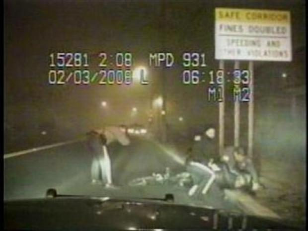 [PHI] RAW VIDEO: Police Dashboard Cameras Capture Alleged Assault