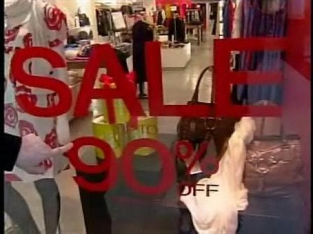 [PHI] Shoppers Gear Up for Black Friday II