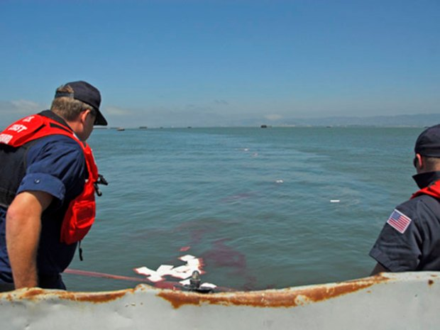 Sunken Tug Leaking Oil Into SF Bay