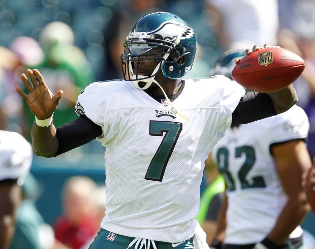 By the Numbers: Eagles Win Battle of the Birds