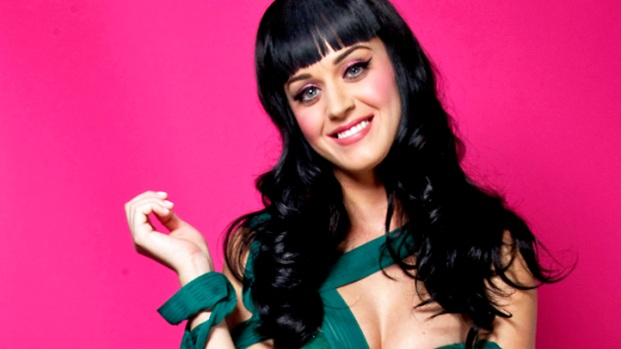 [NATL] Katy Perry and Russell Brand List LA Digs