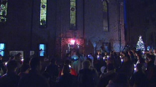 [PHI] Parents, Students Hold Vigil to Protest Catholic Schools Closing