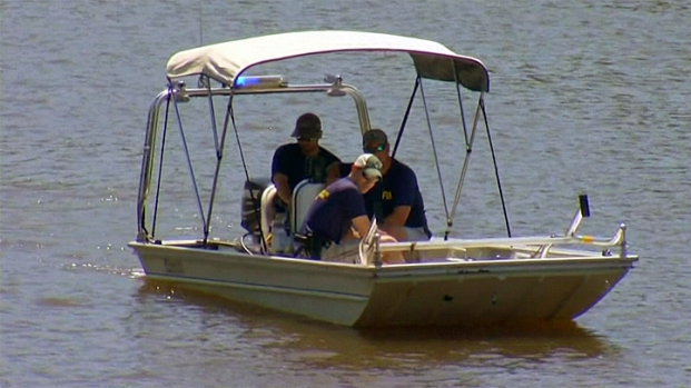 [PHI] FBI Continues Mystery Search in Schuylkill River