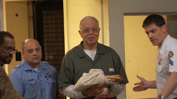 [PHI] RAW: Gosnell Leaving CJC After Verdict