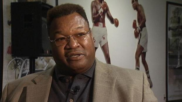 [PHI] Joe Frazier Gave Larry Holmes His First Break Literally
