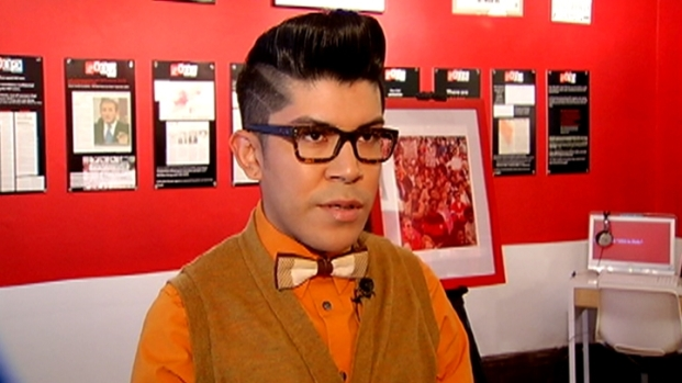 [PHI] Designer Mondo Guerra Co-Hosts AIDS Walk Philly 2011