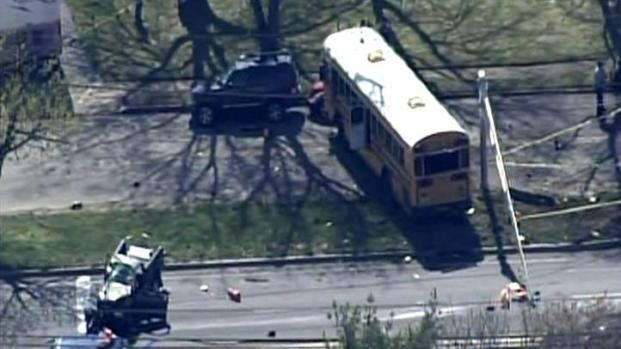 [PHI] School Bus, Truck Crash in Toms River, NJ
