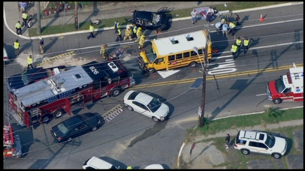 [PHI] Multiple Injuries in Glendora School Bus Accident