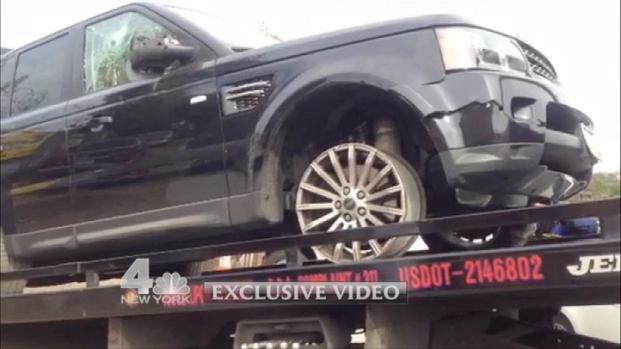 [NY] EXCLUSIVE VIDEO: SUV Chased by Pack of Bikers Is Towed Away