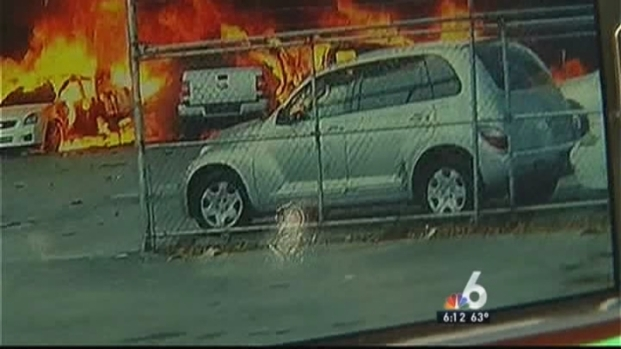 """[MI] Witness on Fort Lauderdale Plane Crash: """"Everything Was in Flames Over There"""""""