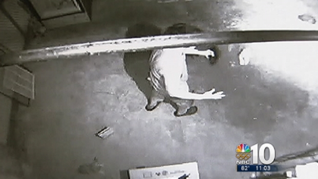 [PHI] Man Caught on Camera Juggling Kittens: SPCA