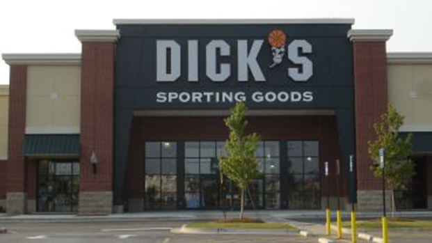 [PHI] Gunman Kills Self Inside Sporting Goods Store