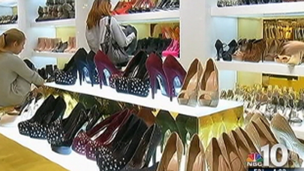 [PHI] Shoppers Bag Huge Deals at KOP