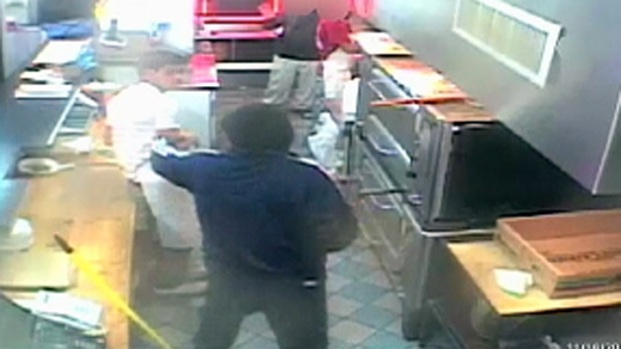 [PHI] Robber With Shotgun Terrorizes Pizza Shop Workers