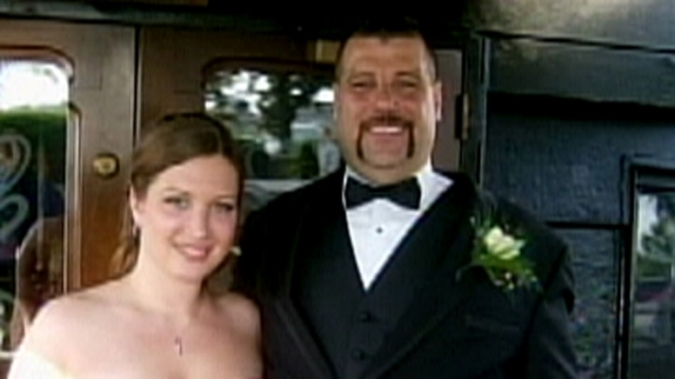 [PHI] Dad Killed and Daughter Shot by Neighbor: Cops