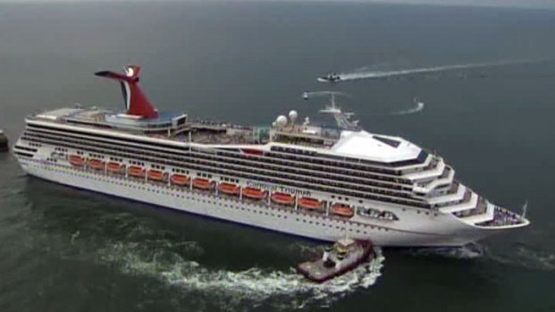 [DFW] Carnival Triumph Towed in to Mobile Bay