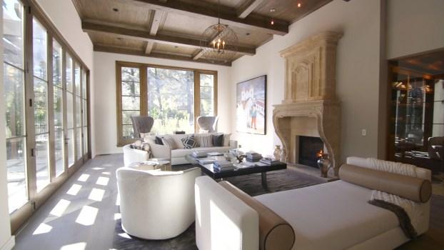 Inside a Beverly Hills Modern Masterpiece